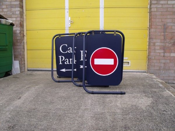 Pavement Swing Signs - Informative folding swing signs