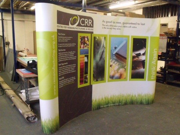 Pop up Display - 4 x 3 curved pop up